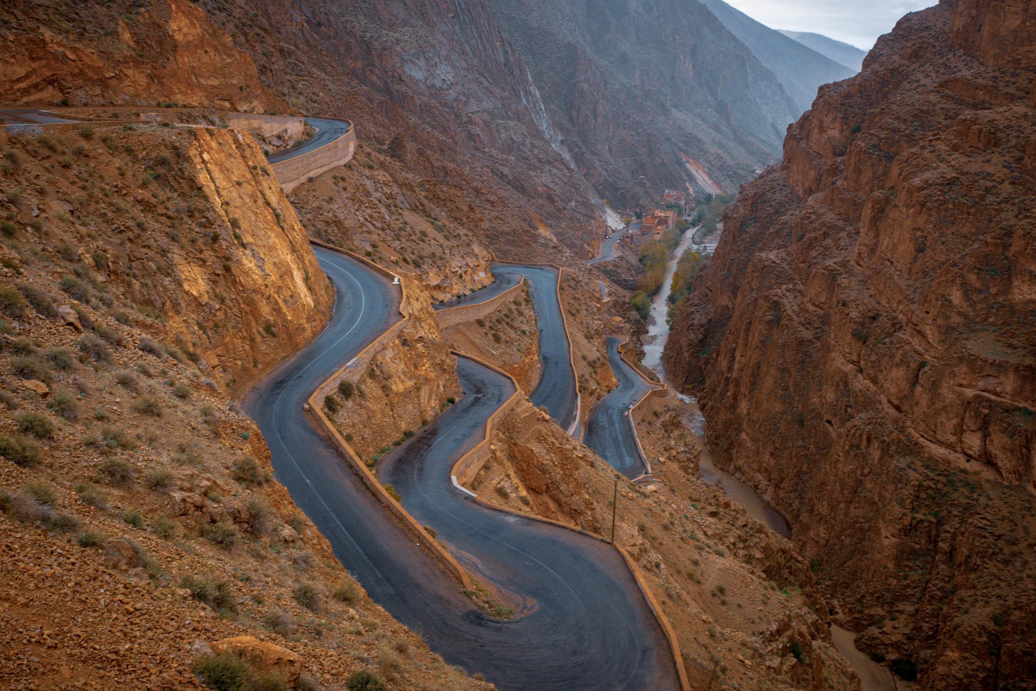 Údolí Dades - Klikatá cesta